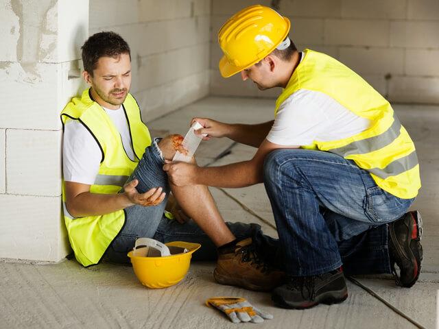 Первая помощь при несчастных случаях на производстве