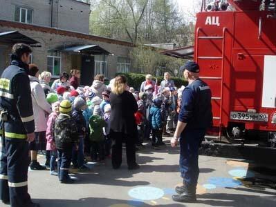 Противопожарные тренировки в школе и ДОУ